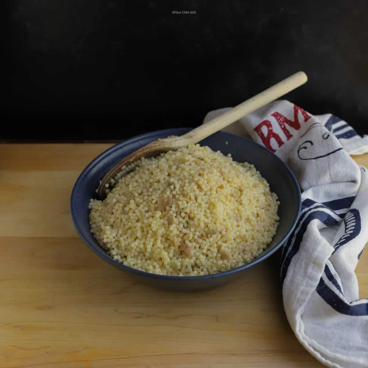 This traditional Jewish farfel garlic egg noodles dish makes a tasty complement to any meal.