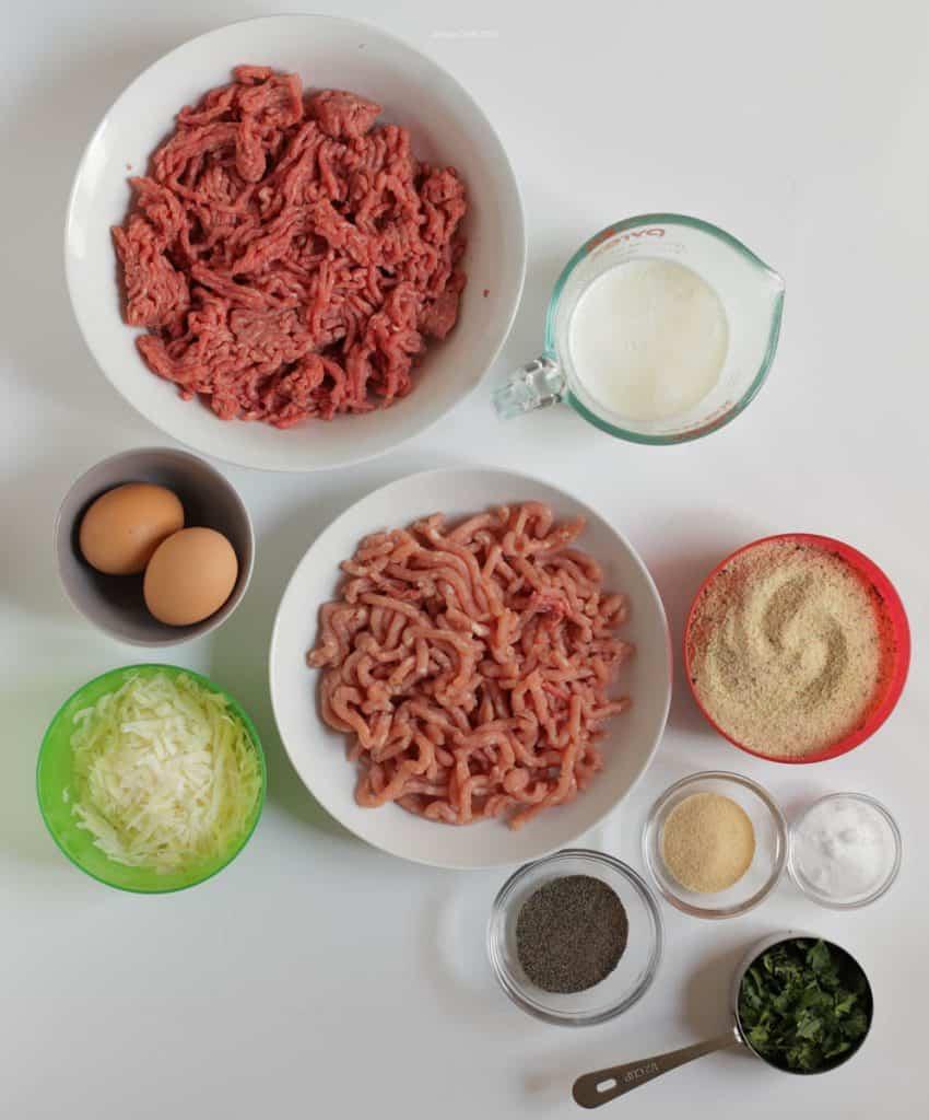 Photo of ingredients needed for Italian meatballs